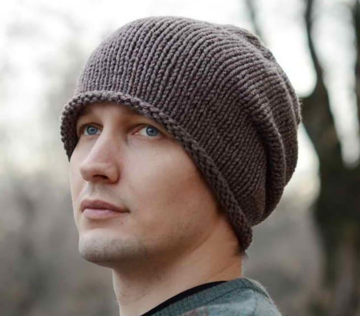 Мужская шапка бини спицами