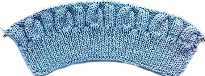 Описание шапки косами