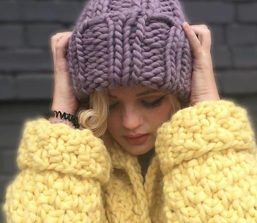 Вязание шапки изнаночными петлями