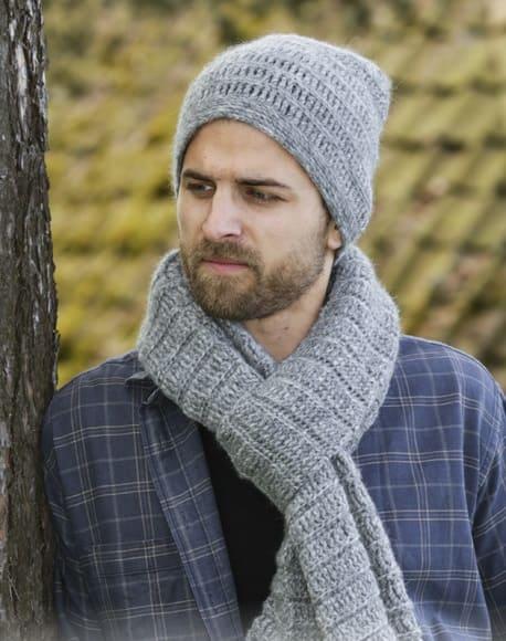 Мужская зимняя шапка крючком