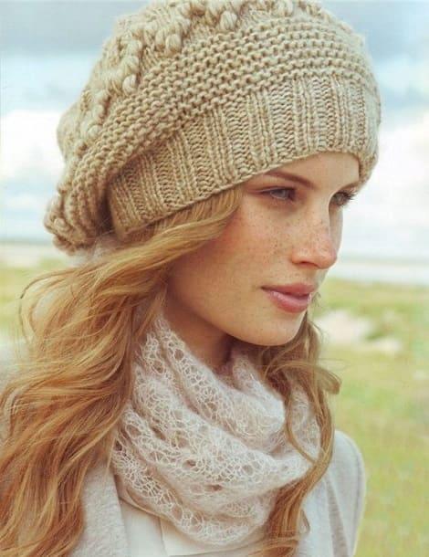 вязаные шапки для женщин за 50 лет со схемами и описанием
