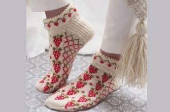 Клубничные носки