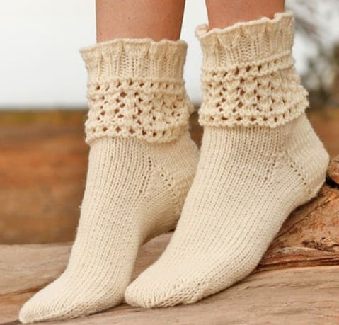 Носки с ажурной резинкой на спицах