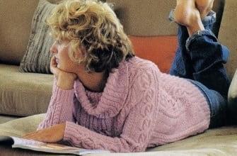 Розовый свитер